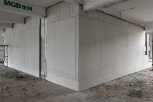 轻质隔墙板是怎样施工的?
